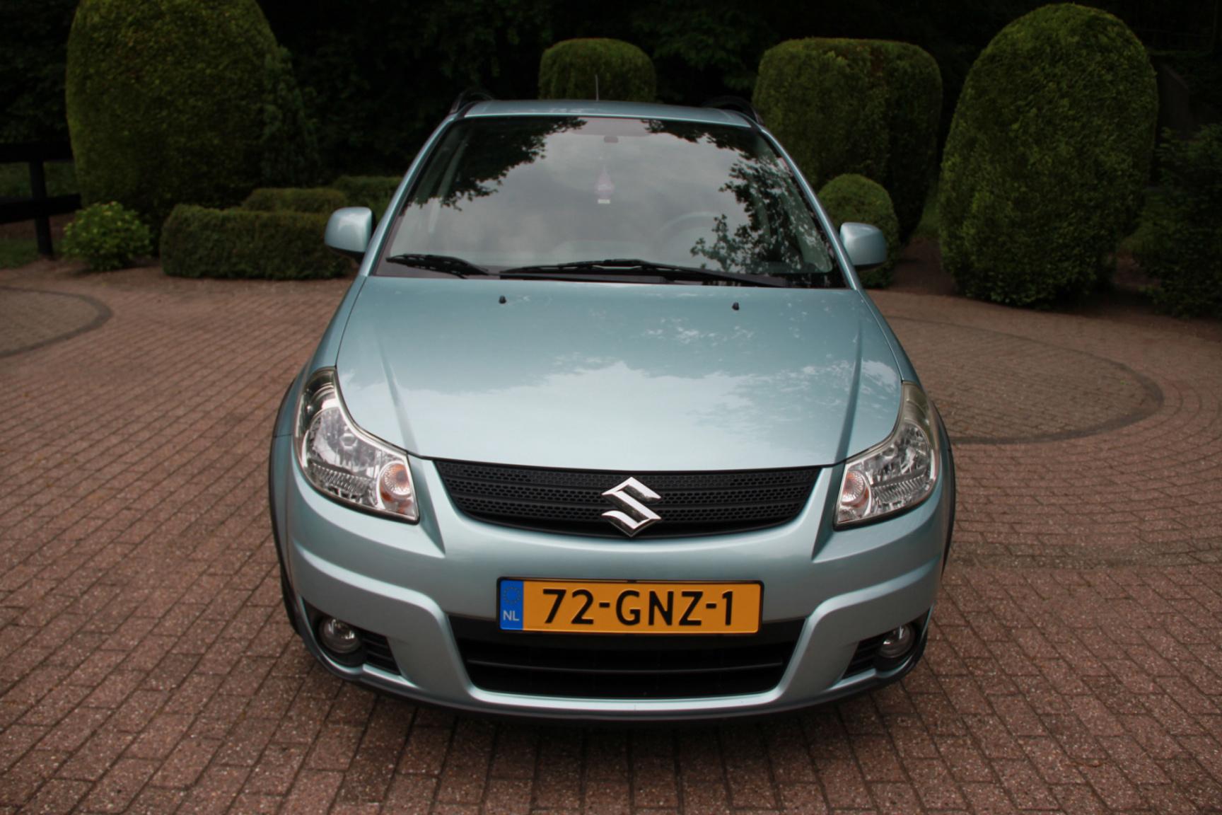 Suzuki-SX4-7